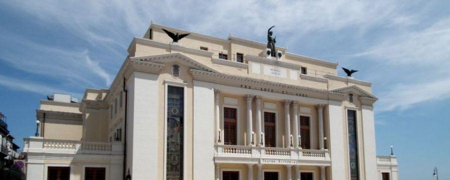 COMUNICAZIONE IMPORTANTE per gli abbonati, e i possessori di biglietto, STAGIONE DI PROSA 2019/2020